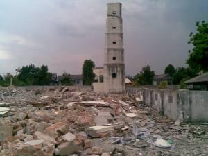 Masjid Bukit Besar yang telah diranapkan